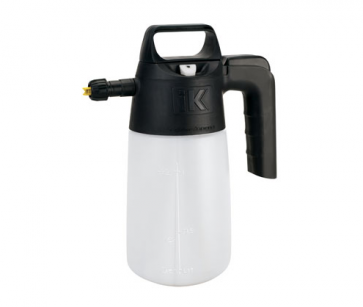 Pulverizador generador de espuma para limpiezas en coches