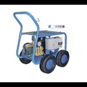 Maquina hidrolimpiadora profesional de limpieza de alta presión de agua fria.